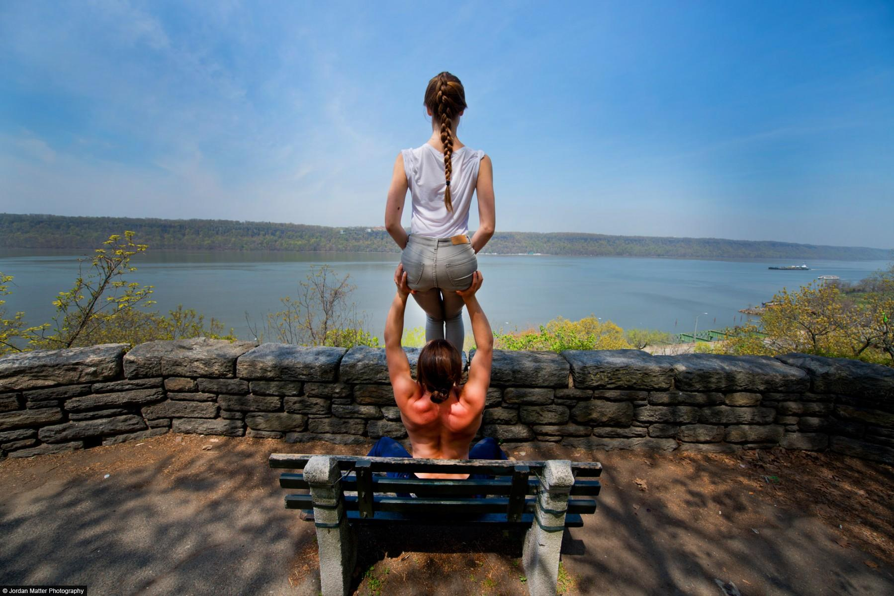 """River View"" / Jacob Jonas & Jill Wilson / Acro Yoga Specialists"